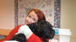 Met hond en naaimachine - Marlies Mansveld Online Quiltacademie