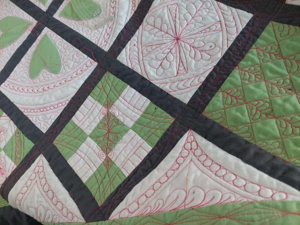 Detailfoto quilten met linialen - Marlies Mansveld Quiltinspiratie